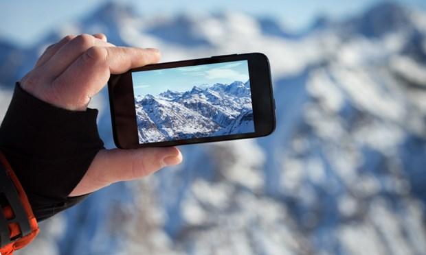 A photo-sharing app like Instagram illustration